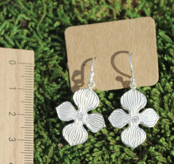 Ohrringe Hortensienblüte mit Zirkonia